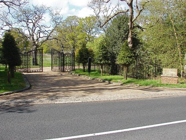 Furze Hill gates, Pirbright