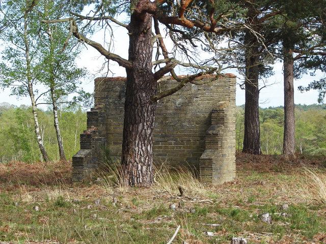 Shelter wall, Ash Ranges