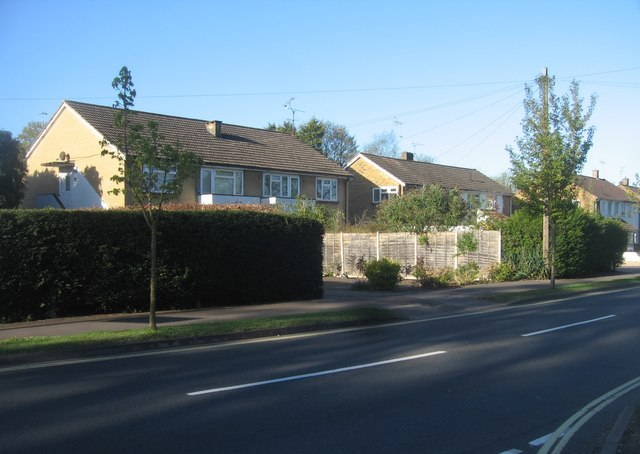 Houses along West Heath Road