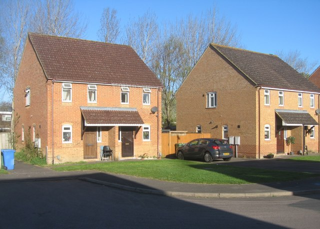 Houses in Burns Close