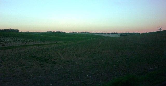 Path and farmland to east of Bury Lane