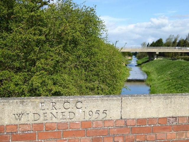 Beverley and Barmston Drain with new Hull Bridge