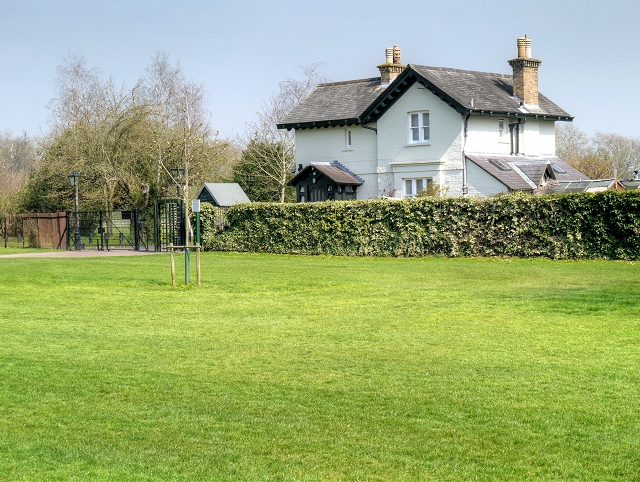 Gate And Lodge Windsor Home Park C David Dixon