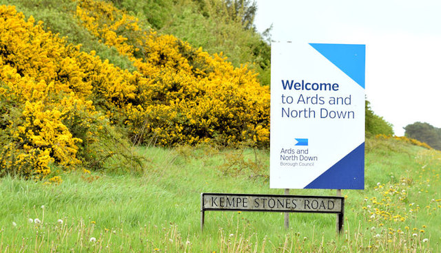 New Ards and North Down boundary sign near Dundonald (May 2015)