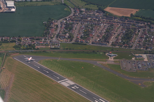 how to go to southend airport