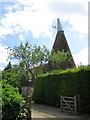 TQ7938 : Huffkins Oast, London Lane, Sissinghurst by Oast House Archive
