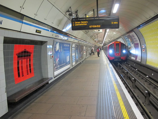 Euston Tube Station Victoria Line 169 Mike Quinn