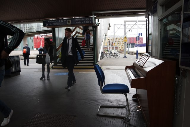Oxford Road Station and its new piano