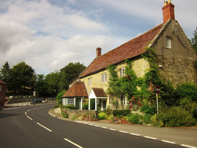 Cross Keys House, Fovant
