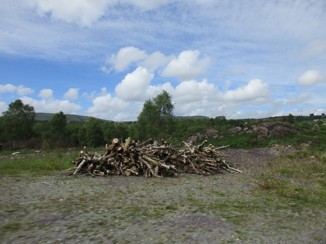 Pile Of Timber : Pile of timber jonathan thacker cc by sa geograph