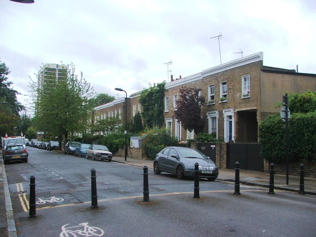 Lawford Road, De Beauvoir Town
