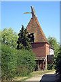 TQ8739 : Wagstaff Farm Oast, Wagstaff Lane, Biddenden by Oast House Archive