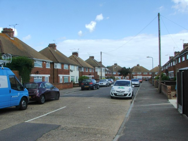 St. James Avenue, Newington