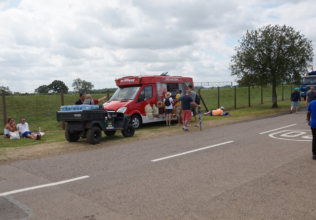 Ice cream van at hanger straight ian s cc by sa 2 0 geograph britain and ireland - Hangar straight silverstone ...