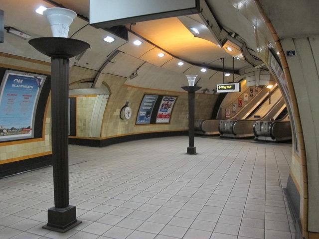 turnpike lane tube station art deco mike quinn. Black Bedroom Furniture Sets. Home Design Ideas