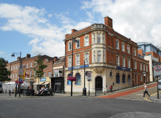 High Wycombe: Former Wycombe Bank building