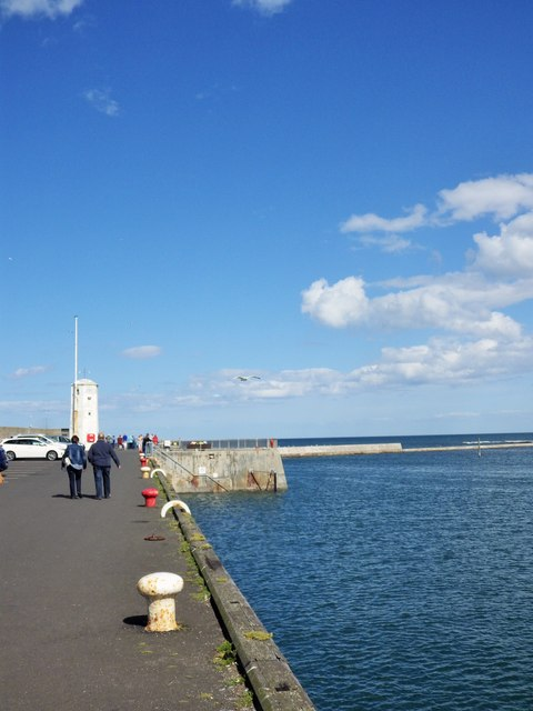 Harbour Wall and Lighthouse, Seahouses