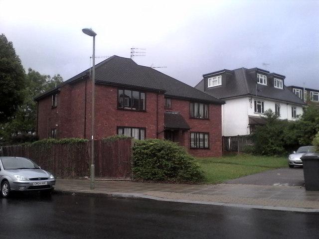 House on Princes Park Avenue, Golders Green