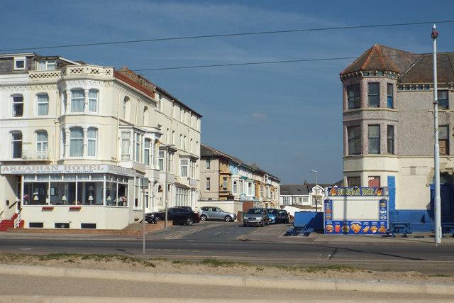 Hotels Near Robin  Bilston