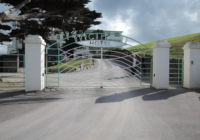 Burgh Island Hotel: entrance gates