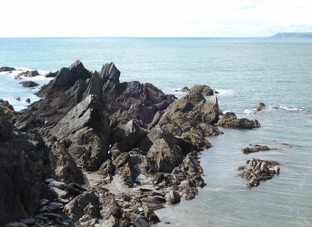 Burgh Island: rocks at Herring Cove