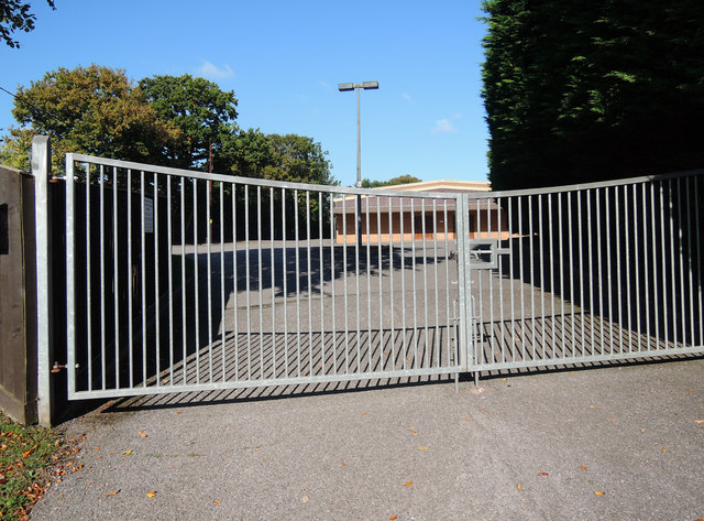 Cullompton: gated entrance to Plymouth Brethren chapel
