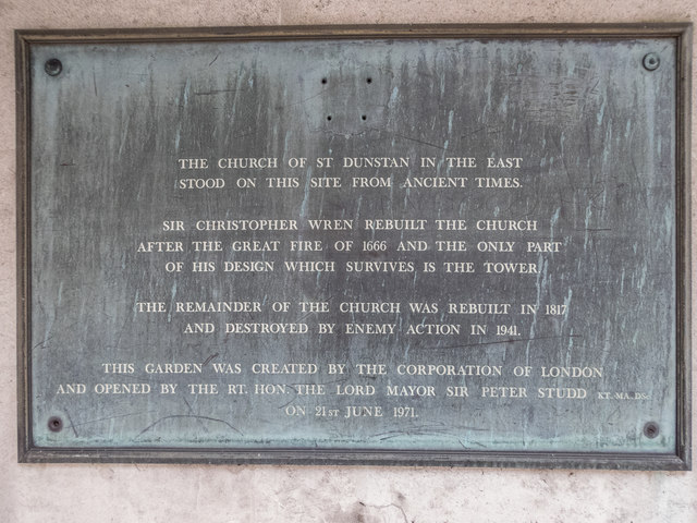 Photo of Christopher Wren grey plaque