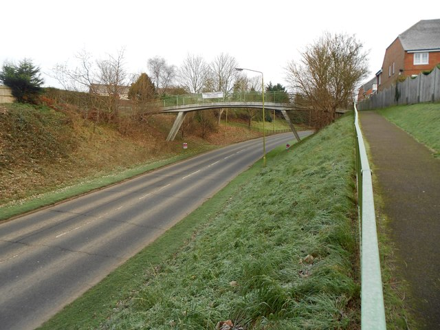 Welwyn: B656 footbridge