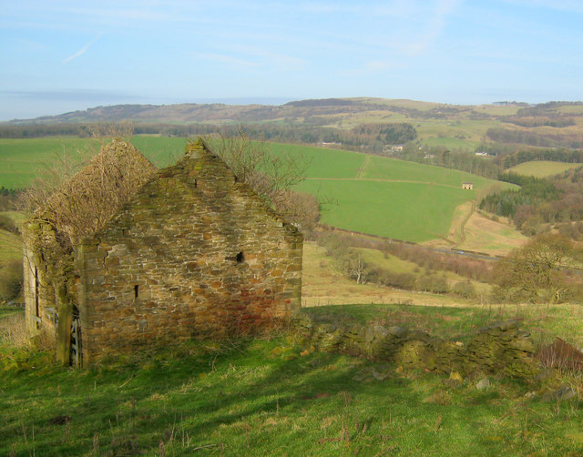 Stone barn near Pilsley