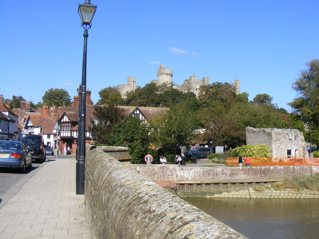 Arundel Castle from the town bridge