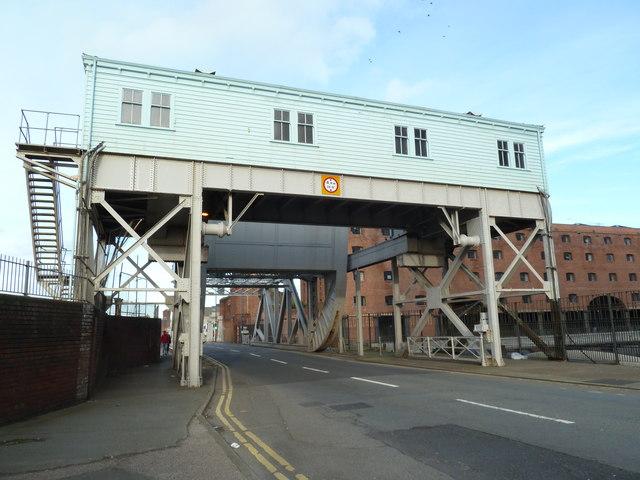 Bridge BB, Liverpool Link Canal
