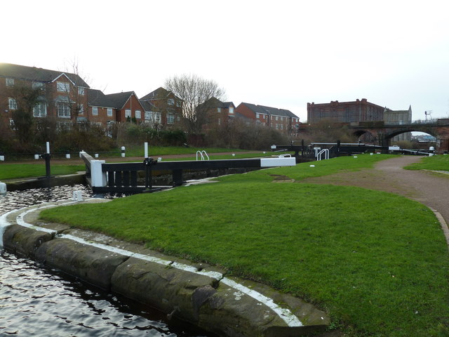 Lock 2, Liverpool Link Canal