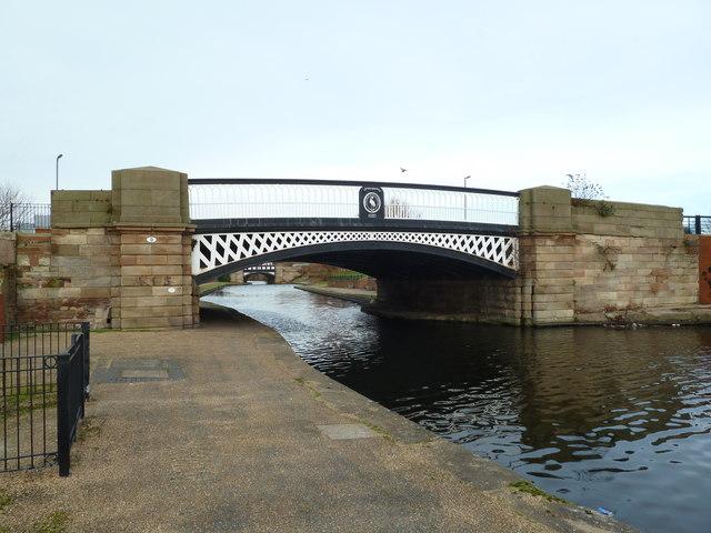 Bridge D, Leeds and Liverpool Canal - Leigh Bridge
