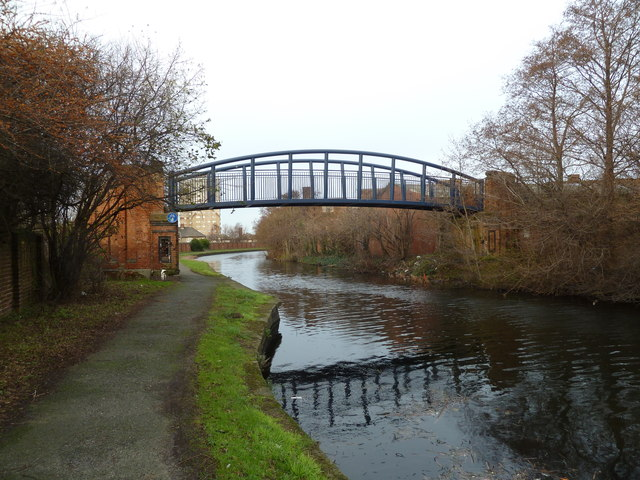 Bridge Ma, Leeds and Liverpool Canal