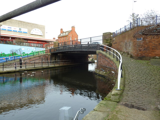Bridge 2, Leeds and Liverpool Canal