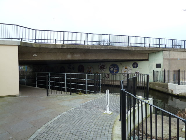 Bridge 2J, Leeds and Liverpool Canal
