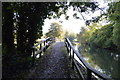 SU4167 : Footbridge - River Kennet meets the Kennet & Avon Canal by N Chadwick