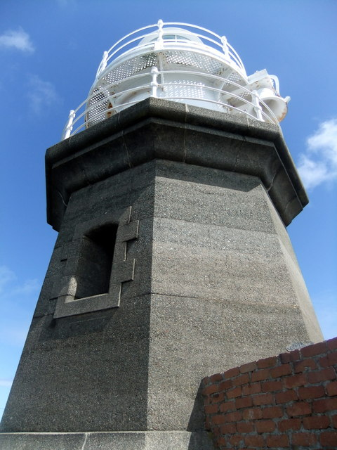 North breakwater lighthouse, Fishguard (3)