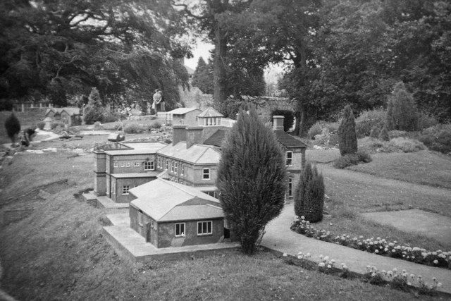 Model of the Monteagle Hotel - Godshill Model Village c.1965