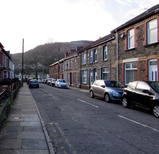 In Abercynon Rhondda Cynon Taf: Gwendoline Terrace, Abercynon © Jaggery :: Geograph