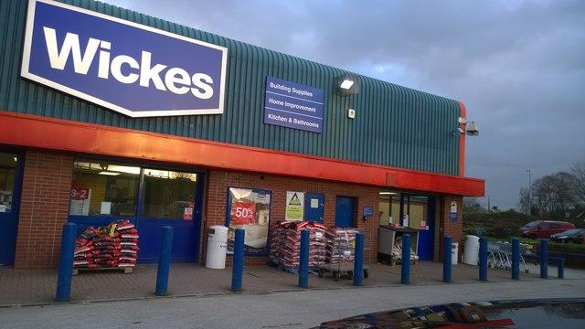 Wickes entrance, Clifton