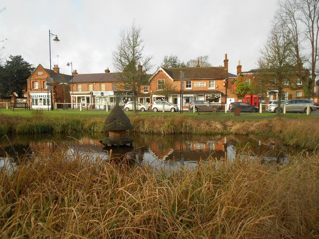 Hartley Wintney: The pond and the Old Post Office