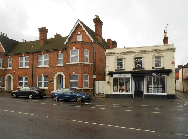 Hartley Wintney: Offices of getmapping