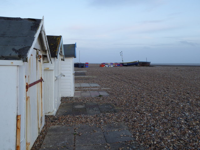 Shingle beach ar West Worthing