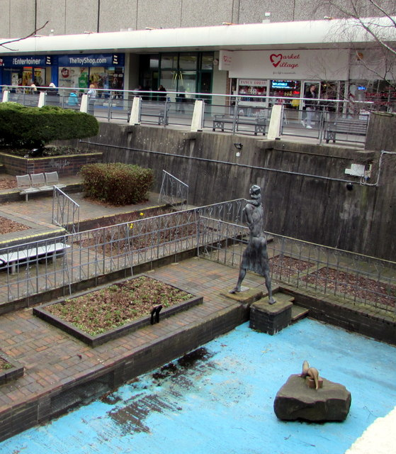 Water Gardens Statues In The Middle Of Jaggery Geograph Britain And Ireland