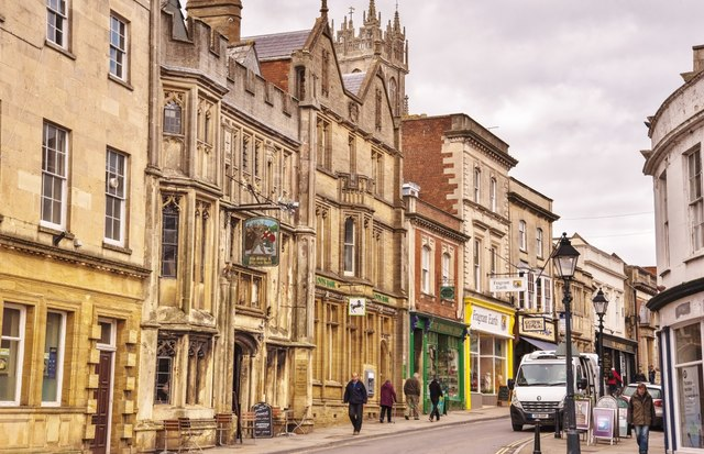 Glastonbury: The George and Pilgrim's Hotel in The High Street