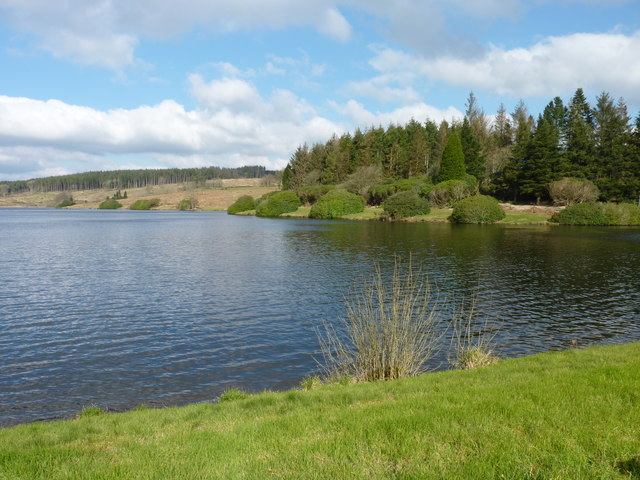 Kennick Reservoir - looking across to a landscaped area