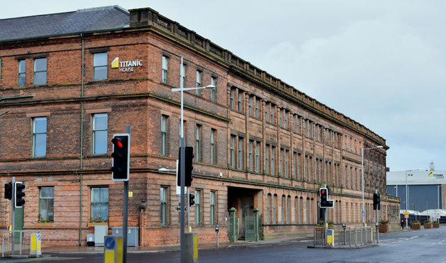 Former Harland & Wolff offices, Belfast - March 2016(3)