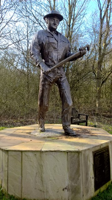 Bronze Statue Of The Oil Patch Warrior 169 Chris Morgan