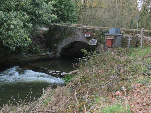 Bridge with small weir